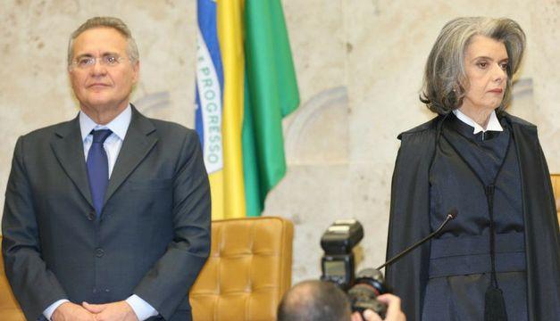 renan-calheiros-durante-posse-da-ministra-carmen-lucia-na-presidencia-do
