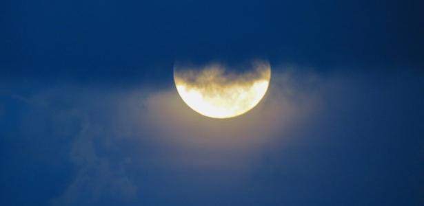 eclipse-lunar-penumbral-visto-de-itapema-sc-1486806980614_615x3002